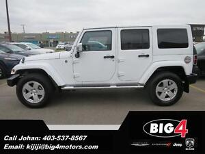 2012 Jeep Wrangler Unlimited Sahara, Tow Pkg, Leather, NAV