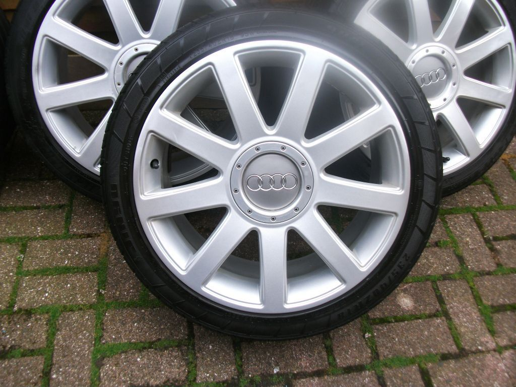 18 audi alloy wheels for sale in spennymoor county durham gumtree. Black Bedroom Furniture Sets. Home Design Ideas