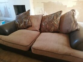 3 and a 4 seater sofa very good condition