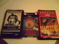 VHS OU BETA FILMS D  HORREUR -DEMONS- MASSACRE A LA SCIE ETC....