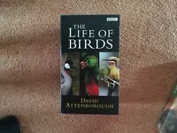 Boxed set of 3 vhs tapes David Attenborough The Life Of Birds. Mint condition, stunning birds 3tapes