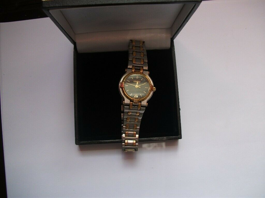 78f498a242a LADIES GENUINE GUCCI WATCH IN WORKING ORDER 9000L