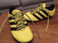 Football boot adidas children size 1
