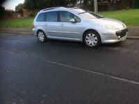 Peugeot 307 estate car hdi breaking all parts available