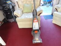 rapide carpet cleaner working