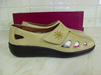 HOTTER LADIES VELCRO FASTENING, BEIGE, LEATHER UPPER SHOE SIZE 3