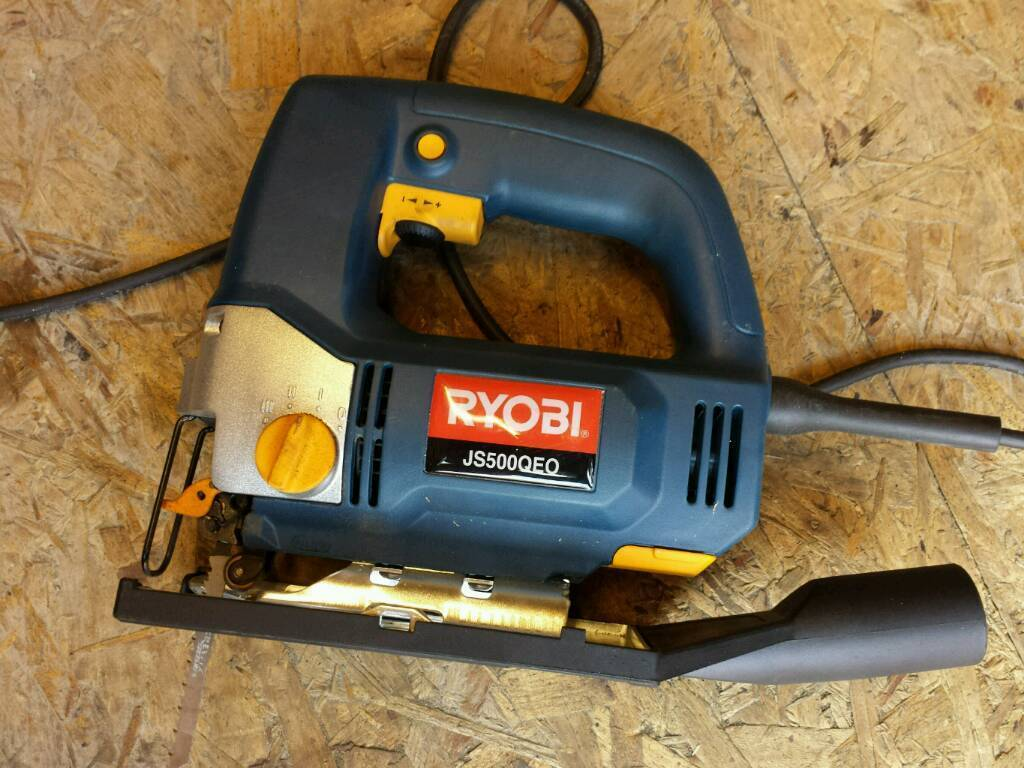 Ryobi js500qeo 500w jigsaw used only once for demonsteation in ryobi js500qeo 500w jigsaw used only once for demonsteation greentooth Choice Image