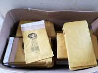 140 Jiffy green padded self adhesive envelopes 15cm(w) x 22cm(h) size 0
