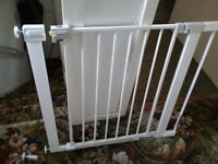 Safety 1st secure metal gate plus extension, new