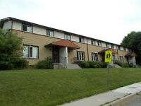 3 bdrm townhouse in Pond Mills area with finished basement