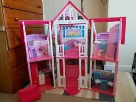 Barbie California dreamhouse
