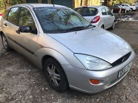 Ford Focus Zetec 1796cc Petrol 5 speed manual 5 door hatchback 51 Plate 07/11/2001 Silver