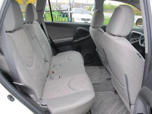 2012 Toyota RAV4 FWD WELL MAINTAINED SERVICE RECORDS Oakville / Halton Region Toronto (GTA) image 10
