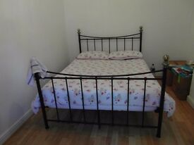 LARGE BEDROOM AVAILABLE FROM 30TH JANUARY
