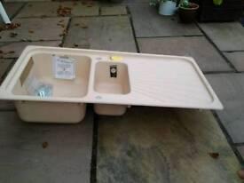 Granite sink 1.5 bowl and drainer. UNUSED
