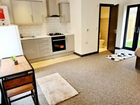 LARGE STUDIO FOR RENT IN HARROW FOR RENT WITH GARDEN ACCESS