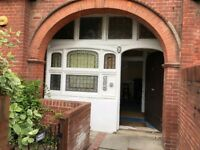 CENTRAL BRIGHTON - 2 Bed POSTGRAD STUDENT Flat AVAIL 27th