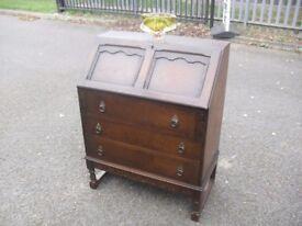 Great Vintage Oak Writing Bureau Desk