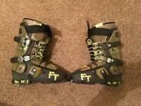 Full tilt ski boots 25.5