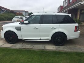 Land Rover Range Rover Sport 3.0 SD V6 Autobiography Sport 4X4 5dr SAT NAV, Sunroof, 2 tone leather