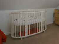 Stokke Sleepi Cot Bed - White, Good Used Condition, Complete