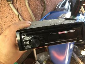 Quality car CD player pioneer with aux. 2 months old!