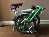 Brompton M3R Folding Bike, Brooks Saddle and Grips, Rear Rack, Pump, Mudguards