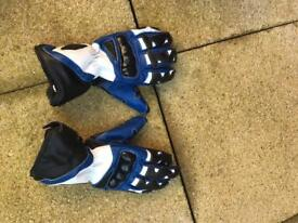 Ladies size 6 Motor cycle boots and gloves