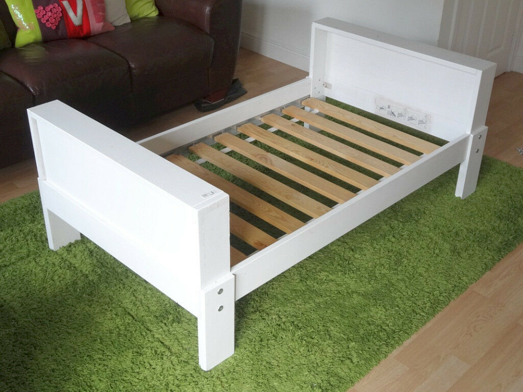 Ikea Vikare extendable toddler/child bed, white | in ...
