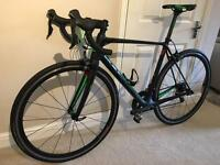 Cube carbon Road Bike 56cm