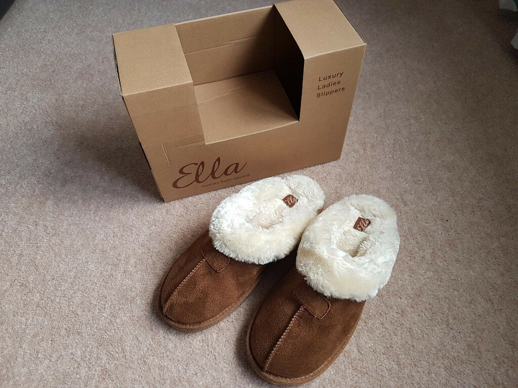 a5048e29166d3 Ladies Slippers