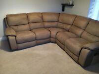 Excellent Condition Brown Corner Recliner sofa from Harveys