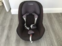 Maxi-Cosi Pearl toddler car seat, suitable from 9 months to 4 years. Good used condition.