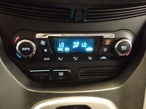 2013 Ford Escape SE  AWD  SYNC  HEATED SEATS  A/C  65,908KMS Cambridge Kitchener Area image 14