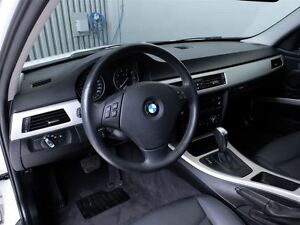 2011 BMW 323 i MAGS TOIT CUIR West Island Greater Montréal image 18