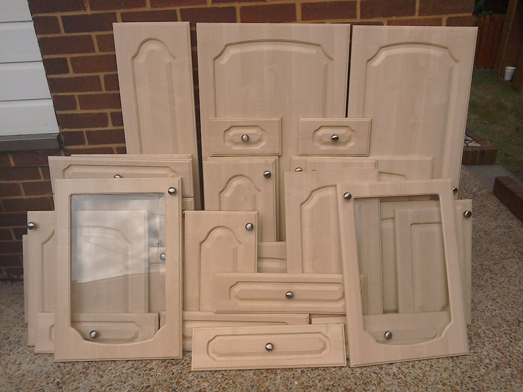 Kitchen doors and drawer fronts in exeter devon gumtree for Door and drawer fronts