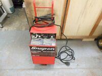 snap on heavy duty battery charger . 6v 12 v & 24 volt. with built in timer. excellent