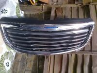 chrysler voyager ltd 2012 front bumper upper grille