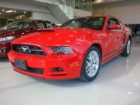 2013 Ford Mustang V6 Premium - MINT CONDITION - ONLY 26,859 KMS