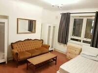 2 double rooms avaliable now
