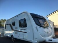 SWIFT CHALLENGER 570 SR, MOTOR MOVER, FIXED BED AND REAR WASHROOM SEPARATE SHOWER