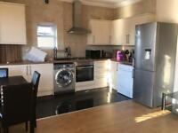 Beautiful Three 3 bedroom first floor flat to let near seven kings station part Dss accepted.
