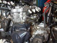 Kawasaki ZX9R Engine 2001 E1 £300 Tel 07870 516938