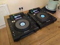 Pair of Pioneer CDJ 900's - Excellent condition