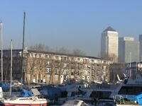 SPACIOUS ONE BEDROOM DOCKSIDE APARTMENT AVAILABLE FOR RENT