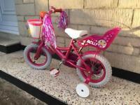 Little girl's Raleigh bike
