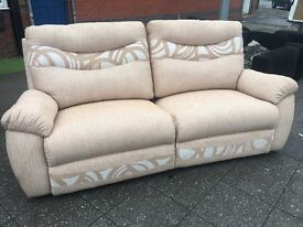 FABRIC SOFA RECLINER LIKE BRAND NEW FREE DELIVERY LOCAL