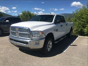 2014 Ram 2500 SLT \ Bluetooth Trailer tow mirrors