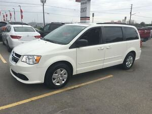 2012 Dodge Grand Caravan SXT Great Family Vehicle !!!!!! London Ontario image 2