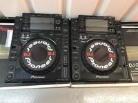 PIONEER CDJ 2000 PAIR